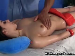 Hot girl in cute massage sex movie