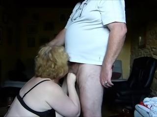 ma femme s'exhibe en body