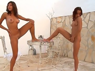 Skinny babes with model-quality bodies Maria and Natasha take off their...