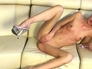 Gitta Blond shows who is the