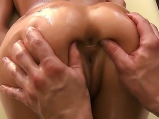 Bill Bailey presents awesome massage for the Aleksa Nicoles oiled assage
