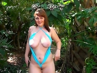 Beautiful nymphomanic young chick Erin Banks doing wild things outdoor with Jmac