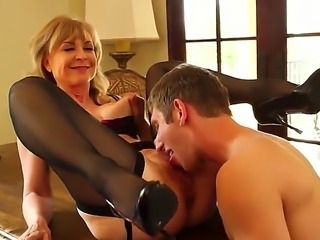 Danny Wylde dancing in the sheets with beautiful steamy blonde Nina Hartley...