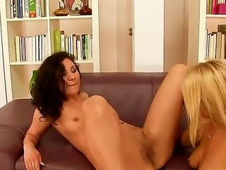 Blonde bitch Nikky is relaxing with her nasty girlfriend Patricia Dream....