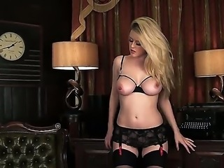 Spectacular Brook Little knows exactly how to tease a man, doing a marvelous...