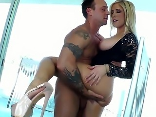 Wonderful teacher Tasha Reign is showing us how a good blowjob is being done....