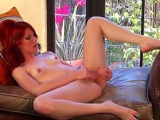 Attractive skinny redhead hottie Elle Alexandra with pretty face and ln sexy...