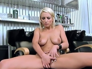 Pretty lickerish bim Lexi Swallow rubs