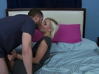 Slender sexy blonde Lexi Swallow stuffing her deep throat with huge Scott...