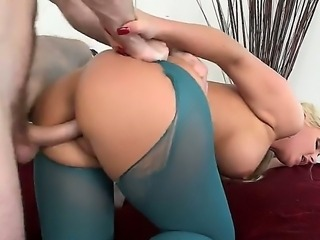 Busty and big ass blonde hottie Phoenix Marie takes huge penis into mouth and...