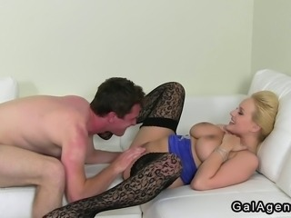 Blonde female agent in black stockings interviews amateur dude on his casting...
