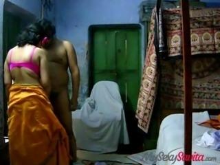 indian amateur savita bhabhi giving hot blowjob free