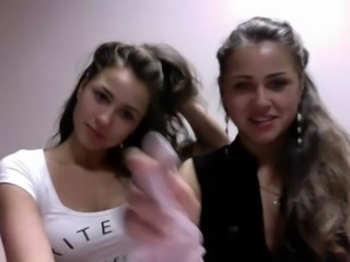 Erotic Show Polish Teenagers Twins (dziewczynka17 on the showup) free