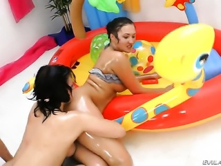 Vanessa Vaughn is extremely horny after giving headjob to Omar Galanti before...