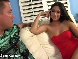 Irresistibly Hot Step-Mom Seduces Stepson For Sex!