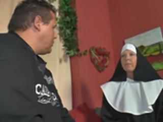 Nonnen in Deutschland so ficken sie