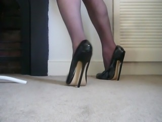 Extreme high heels