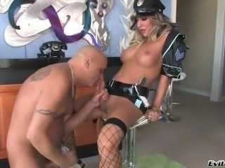 Transsexual dominatrix makes her slave give her oral sex