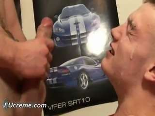 Gay facial jizz mopping by EUcreme