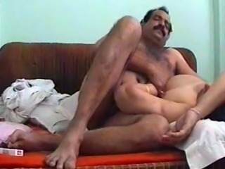 Sex-starved Indian slut gets fucked in missionary position