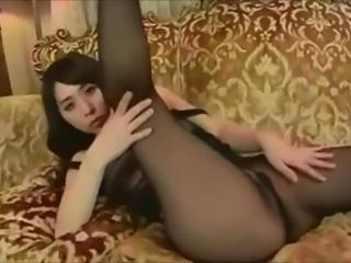 Black pantyhose tease!