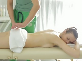 Nice erotic massage is given to perfect looking oiled Peachy