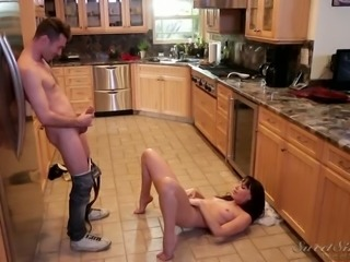Dirty sex with leggy flexible MILF in the kitchen