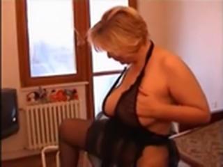 Moden Kvinde & Ung Fyr (Danish Title)(Not Danish Porn) 7