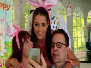Family plays sex game Uncle Fuck Bunny