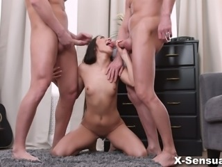 Emotional raven haired cowgirl Kerry Cherry gonna take double penetration