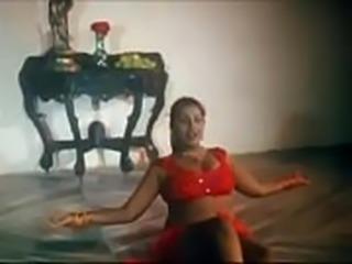 Indian Milf Aunty Hot Dance www.CutEka.com