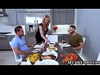 My Mom Eating Two Friends Cocks ➤ AffairTaboo.com