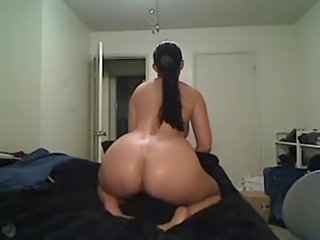 Camshow gorgeous busty milf  free
