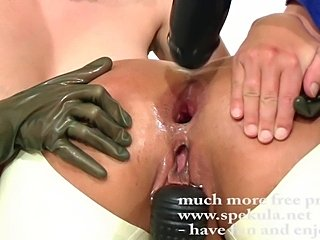 Anal fisting fun with Dani