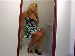 Fun in toilet